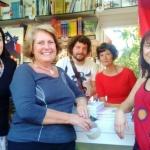 Con la escritora Susanna Isern, Pilar Pérez del Dragón lector y los ilustradores Mónica Carretero y Adolfo Serra